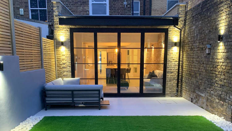 picture of rear house extension build by pb builder