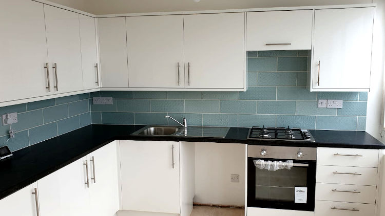 picture of kitchen after tiling and kitchen refurbishment by pb builder